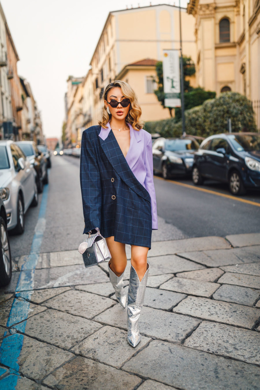what to wear with knee high boots, metallic knee high boots, oversized blazer// Notjessfashion.com