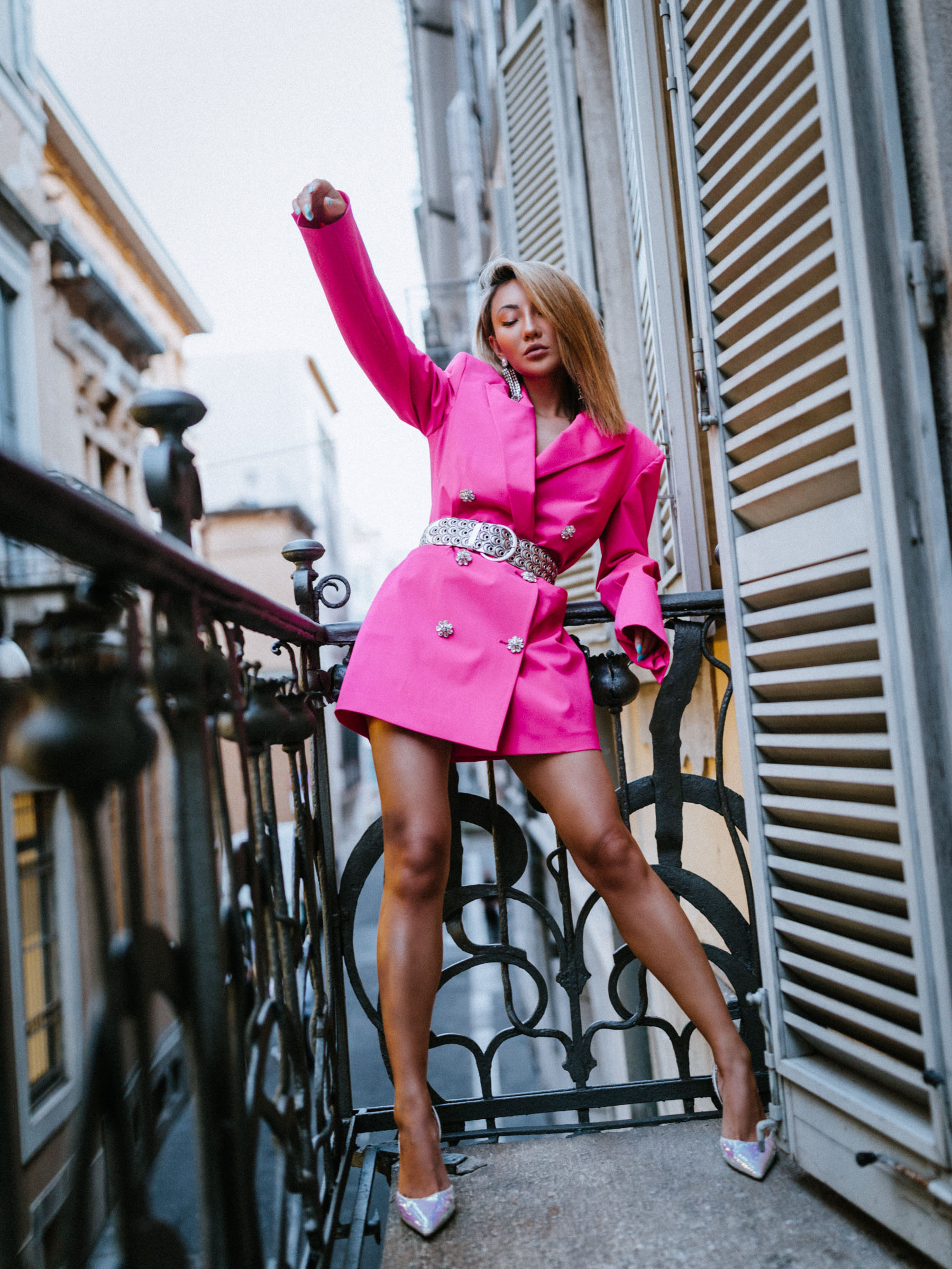 fashion week questions, Hot Pink Attico long line blazer, isabel marant metallic leather belt, dannijo sade chandelier earrings, amina muaddi slingback pumps // Notjessfashion.com