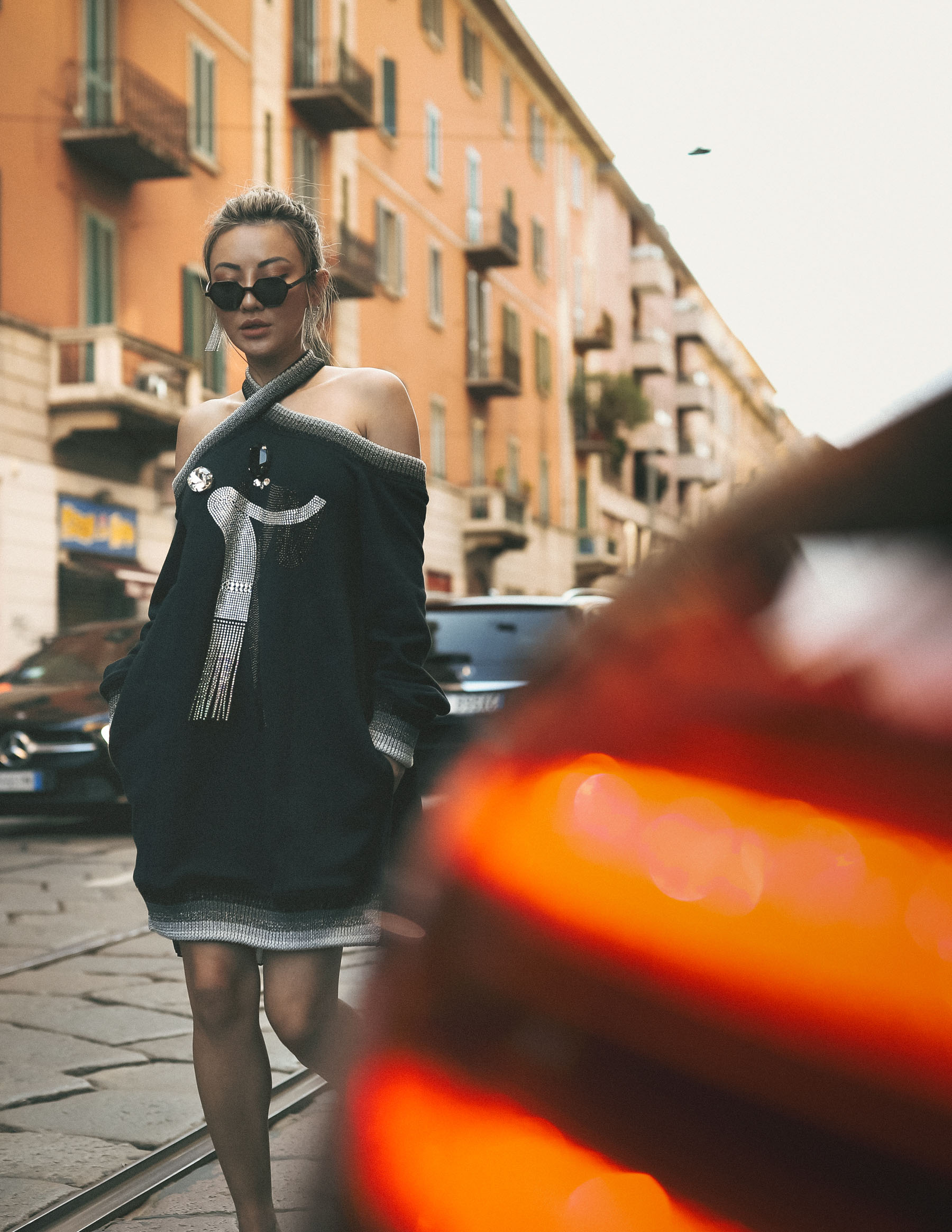jessica wang street style, mfw street style, Marco De Vincenzo Cold shoulder jumper, illesteva sunglasses // Notjessfashion.com