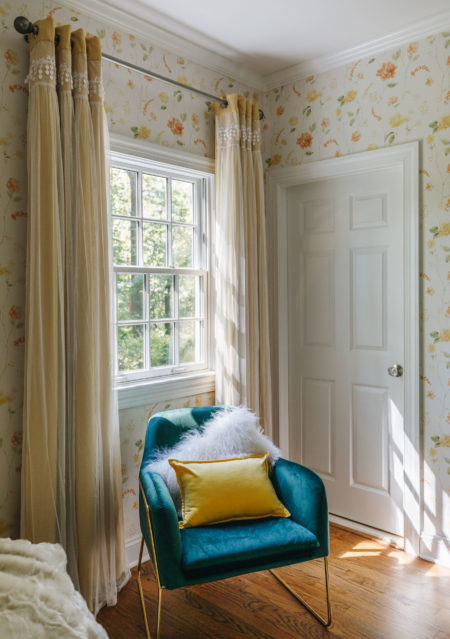 blue accent chair with yellow pillow, easy ways to upgrade your room, home depot decor, home depot interiors, blogger home decor, guest bedroom inspiration, jessica wang house // Notjessfashion.com